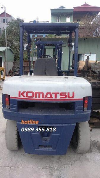 xe-nang-komatsu-3-ton-5